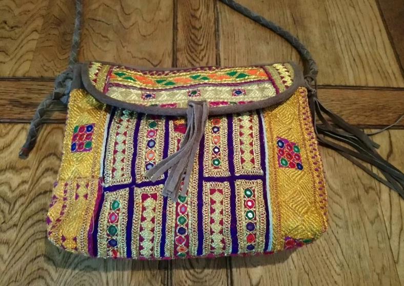 Kutchi Handcraft Vintage Theli Bag Vintage Traditional Indian Boho Hippie Embroidered Theli Bag Cotton Handmade Multicolored Banjara Bag