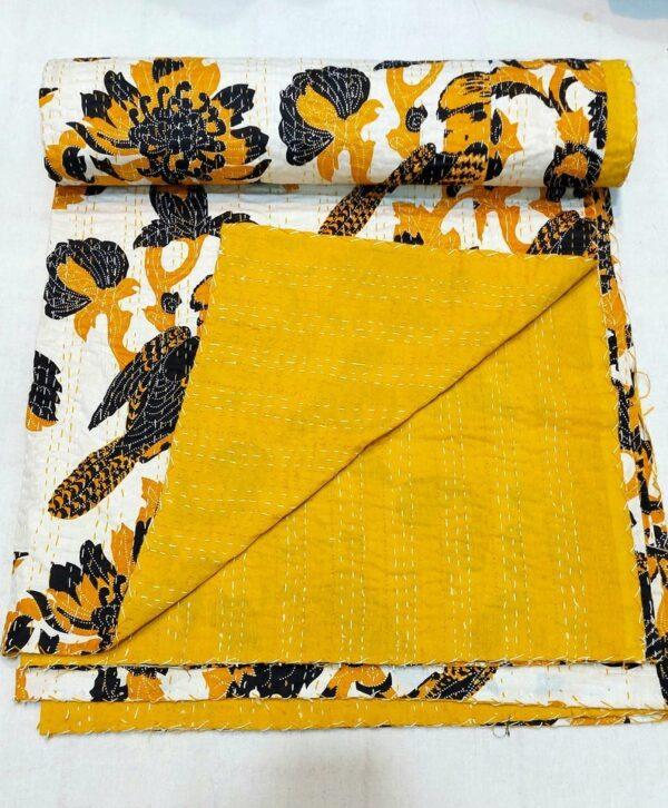 Vintagekantha-kusumhandicraft-10