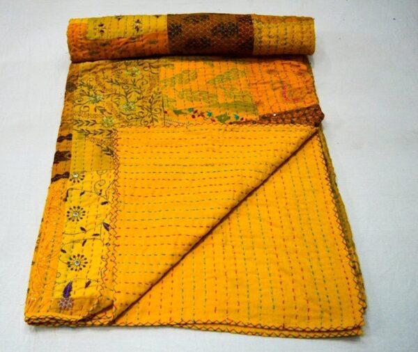 Vintagekantha-kusumhandicraft-80