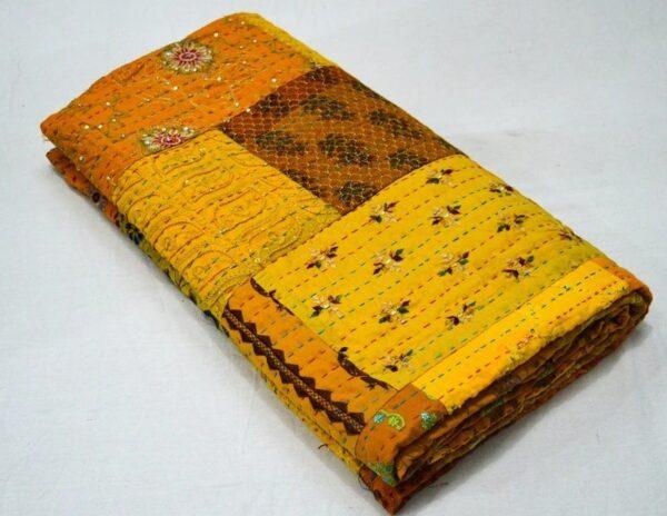 wholesalepacthworkkanthaquilt-kusumhandicrafts-11