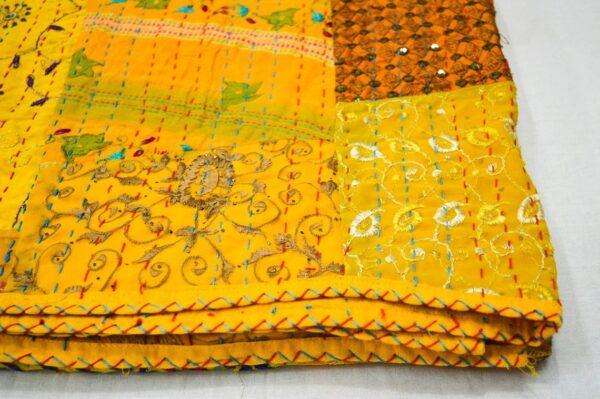 wholesalepacthworkkanthaquilt-kusumhandicrafts-12