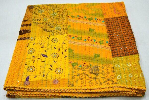 wholesalepacthworkkanthaquilt-kusumhandicrafts-13
