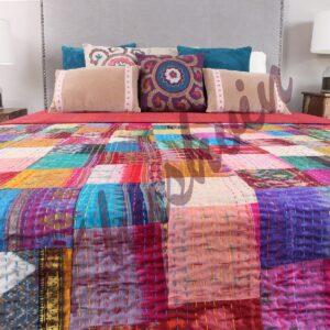 patchwork-quilt-khushvin-silkapatchworkquilt-kusumhandicrafts