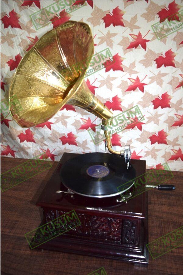 vintage-gramophone-antiquegramophone-kusumhandicrafts-gramophone